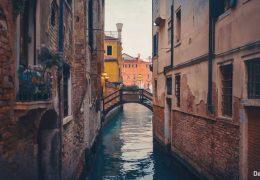 Канал в Венеции - живые обои