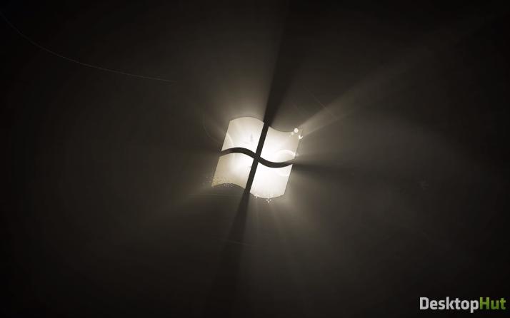 Windows 7 логотип в чёрнобелом фоне - живые обои
